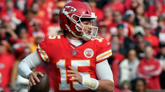 Fortnite: Kansas City Chiefs QB Patrick Mahomes II killed by another player wearing his jersey 9